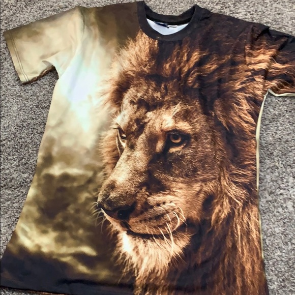 Other - Lion King-Looking Shirt Fits Like Large